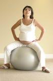 Pilates voor zwangerschap Royalty-vrije Stock Foto