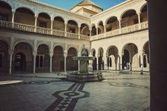 Pilatos Касы - двор accient особняка в Севилье Стоковое Изображение