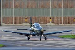 Pilatus PC-9M выдвинуло военные воздушные судн тренера HB-HPJ стоковое фото rf