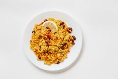 Pilau de Bulgur com feijões, bérberis, paprika, alho e especiarias Imagens de Stock