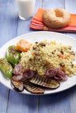 Pilau de Bulgur com vegetais grelhados Fotografia de Stock