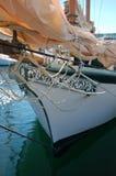 Pilbåge av ett antikt fartyg royaltyfri bild