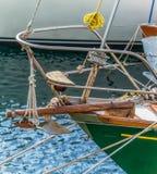 Pilbåge för segelbåt` s Arkivfoto