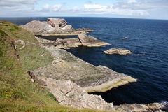 Pilbåge Fiddle Rock Scotland Arkivfoton