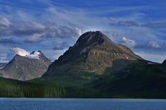 Pilbåge sjö, Alberta, Kanada Royaltyfria Bilder