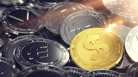Pile énorme de différentes pièces de monnaie avec la pièce de monnaie d'or du dollar sur l'avant rendu 3d illustration libre de droits