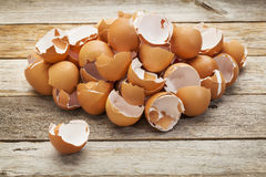 Pile of broken eggshells Stock Photography