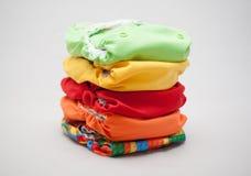 Pile couleurs de couches-culottes de tissu de différentes Image libre de droits