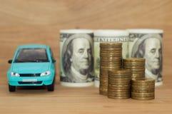Pile de achat de pièces de monnaie du dollar de voiture Photographie stock