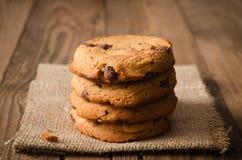 Pile de biscuits de chocolat images libres de droits