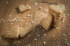 Pile de biscuits en forme de coeur faits main Photo stock