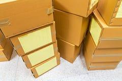 Pile de boîte en carton ondulé Photos libres de droits