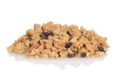 Pile de céréale d'amande de raisin sec de granola Images libres de droits