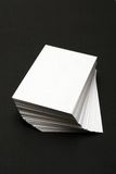 Pile de cartes blanches Image stock