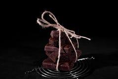 Pile de chocolat noir de pore Images libres de droits