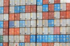 Pile de conteneur de cargaison Image libre de droits