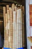 Pile de cornets de crème glacée Photographie stock libre de droits