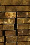 Pile de courrier de barrière de bois de construction Image libre de droits