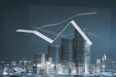 Pile de double exposition de pièce de monnaie avec le graphique financier au-dessus de la ville et Photographie stock