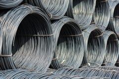 Pile de fil machine ou de bobine pour l'utilisation industrielle Images libres de droits