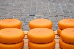 Pile de fromage en Gouda Images libres de droits