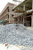 Pile de gravier sur la construction Photo stock