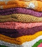Pile de jupes colorées Photos stock