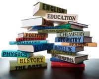 Pile de livres d'étude d'université de manuels d'école Photographie stock
