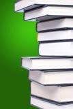 Pile de livres reliés Photographie stock libre de droits