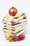 Pile de Noël de livres Images libres de droits