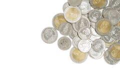 Pile de nouvelles pièces de monnaie de baht thaïlandais photos libres de droits
