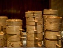 Pile de paniers en bambou de Dim Sum - 2 Photographie stock libre de droits