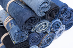 Pile de petit pain de jeans Photo stock