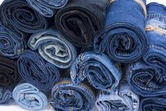 Pile de petit pain de jeans Photos stock