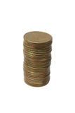 Pile de pièces d'or d'isolement avec des chemins de découpage Photographie stock libre de droits