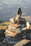 Pile de pierres dans Mountasins Photos stock