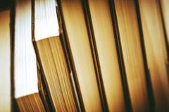 Pile de plan rapproché de livres Image libre de droits