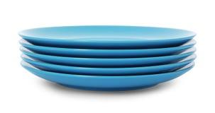 Pile de plats propres sur le fond blanc photo libre de droits