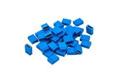 Pile de pullover bleu de chapeau de court-circuit photographie stock libre de droits