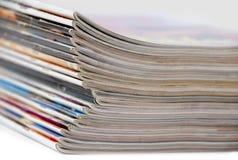 Pile de revues Photos libres de droits