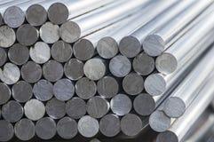 Pile de ronds en aluminium photographie stock