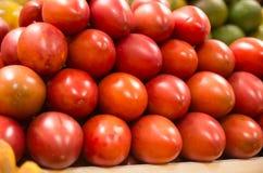 Pile de tamamoro de tomate d'arbre, tamarillo dans Photos libres de droits