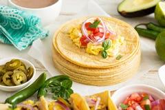 Pile de tortillas de maïs Image libre de droits
