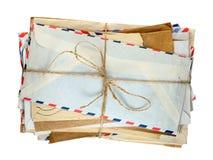 Pile de vieilles enveloppes photographie stock libre de droits