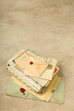 Pile de vieilles lettres Photos libres de droits