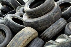 Pile de vieux pneus Photo libre de droits