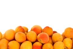 Pile des abricots Photo stock
