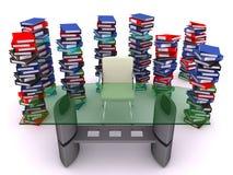 Pile des bindes autour d'une table Photo libre de droits