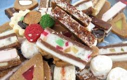Pile des biscuits décoratifs Photo stock