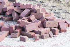 Pile des briques de construction Images libres de droits